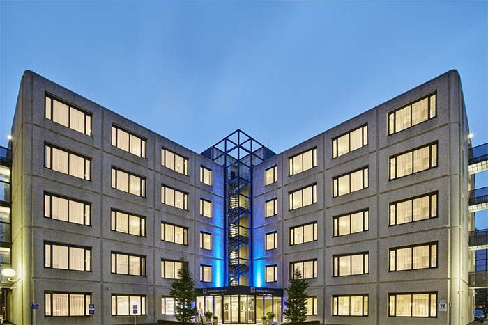 Holiday Inn Express Amsterdam Schiphol main exterior